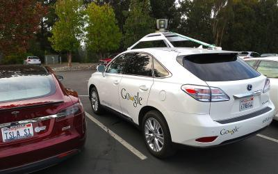 Fleet of Connected Driverless Cars to Be on UK Motorways by 2019